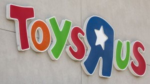 Toys R Us Closing | DoublexJump.com